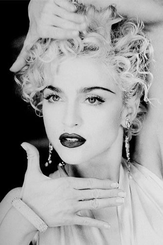 Мадонна в кадре